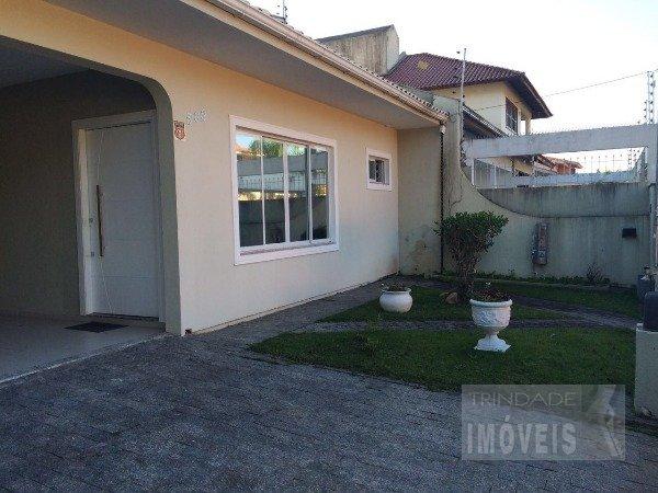 Casa 04 dormitórios Bairro Santa Monica Florianópolis
