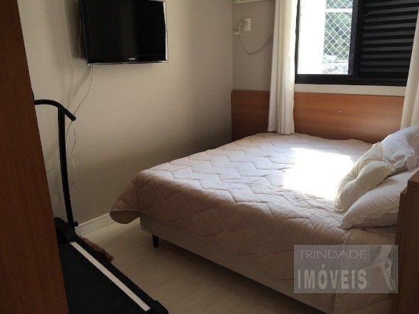 Amplo apartamento mobiliado no Centro de Florianópolis
