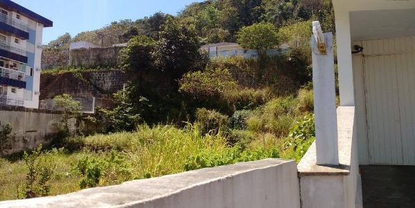 Terreno no Saco dos Limões Beira mar sul
