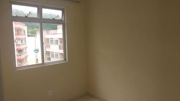 Apartamento 2 quartos a 400 metros da UFSC