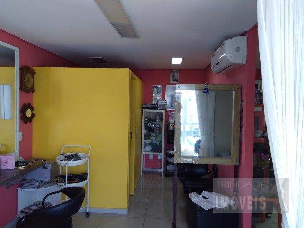 Sala comercial para 2 ambientes com garagem na Trindade