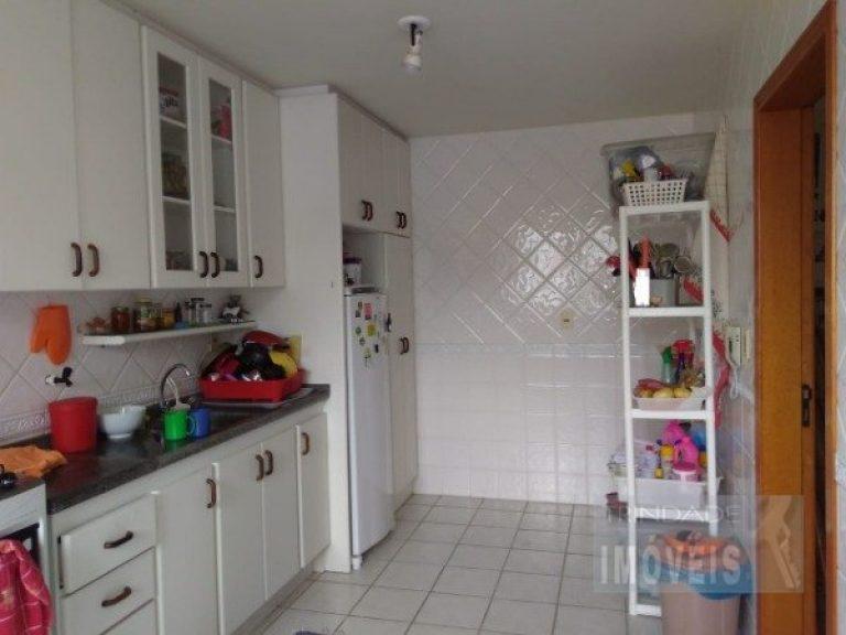 Apartamento de 2 dormitórios no bairro Pantanal junto a UFSC