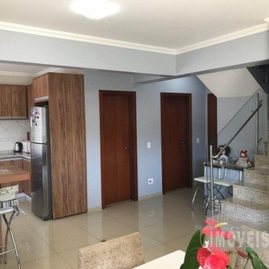 Casa com 4 dormitórios no bairro Córrego Grande