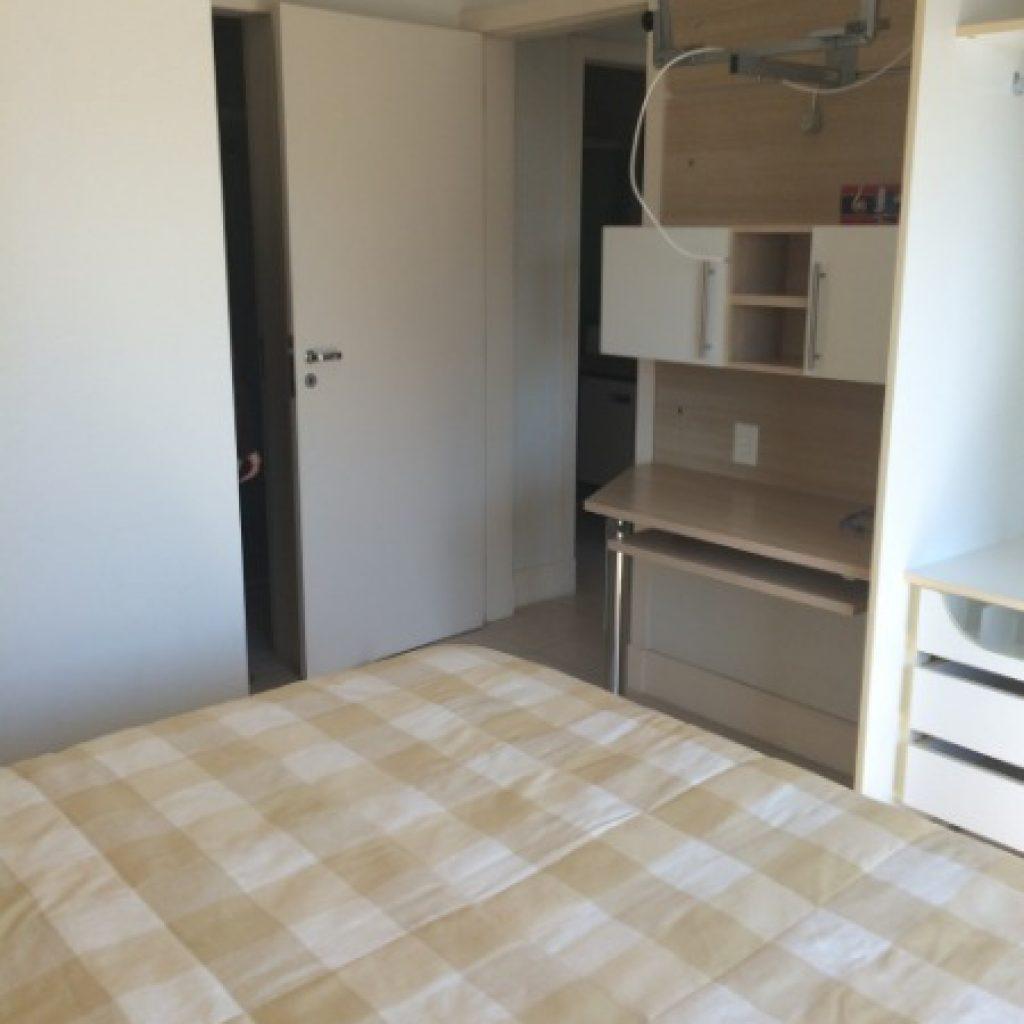Cobertura 2 dormitórios, sendo 1 suíte próximo  a UFSC