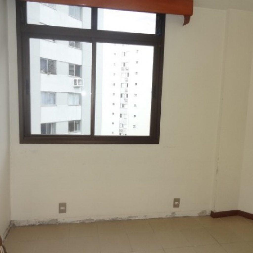 Apartamento 3 suítes no Centro de Florianópolis/SC
