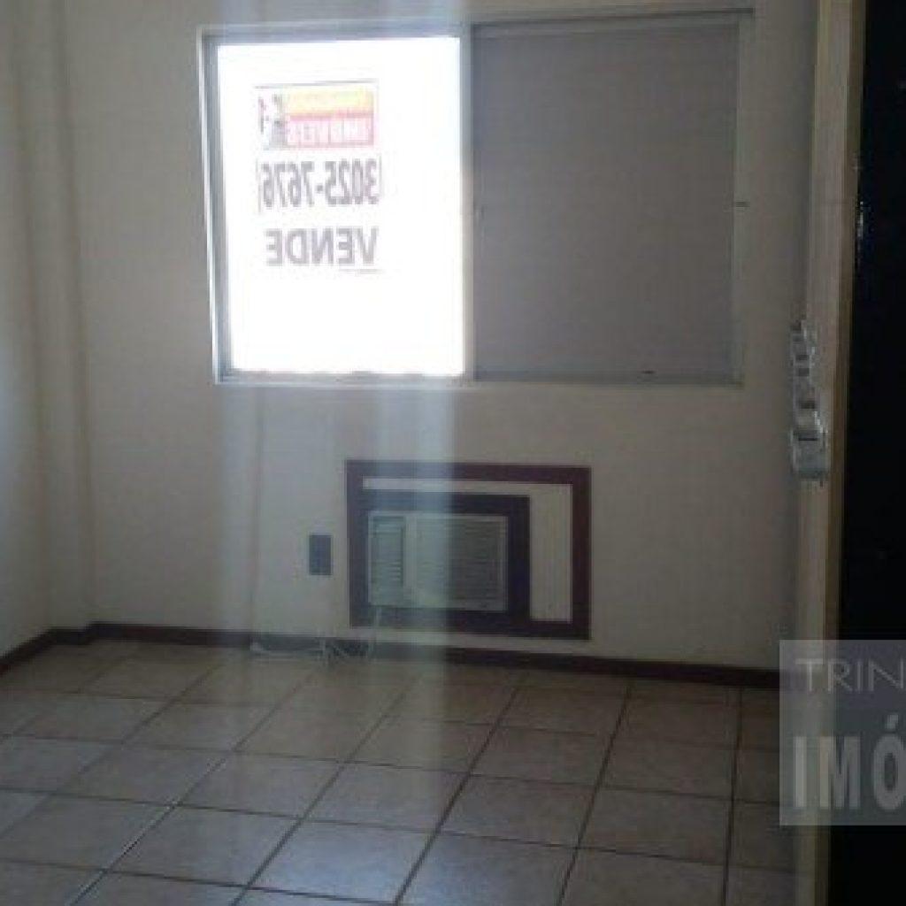 Apartamento de 3 dormitórios sendo uma suíte com garagem na Trindade colado na UFSC